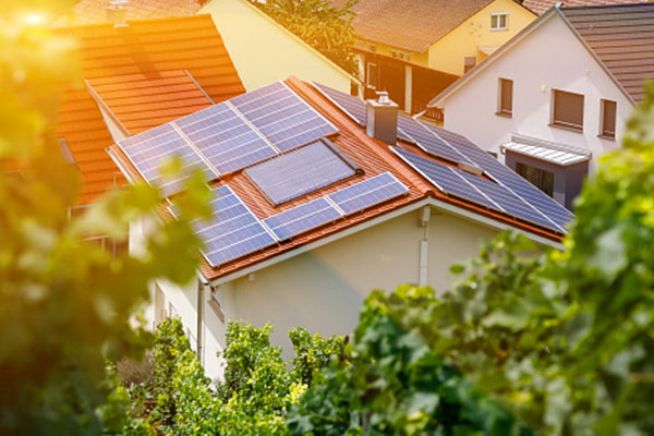 How to determine the installed capacity of solar energy power system at home?
